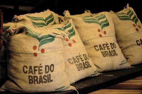 Exportações brasileiras de café atingem mais de 18 milhões de sacas de 60kg de janeiro a julho de 2016, destaca MAPA